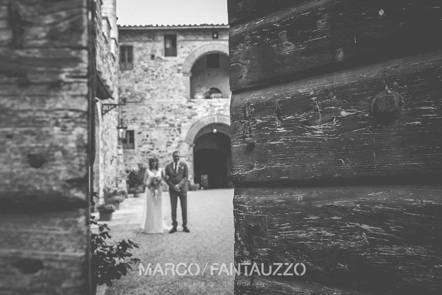 wedding-photos-in-modanella-castle