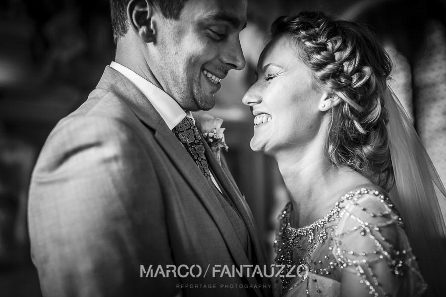 emotional-wedding-photographer