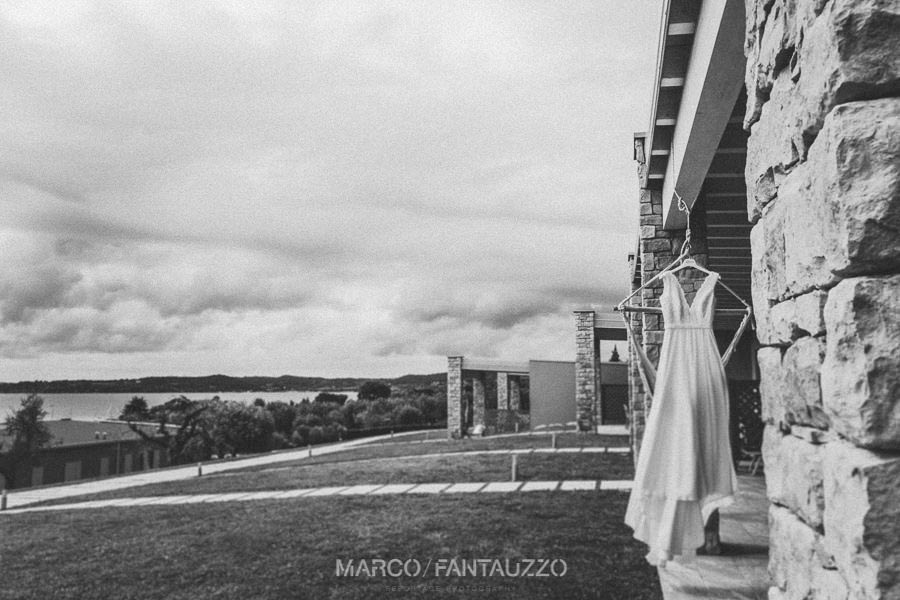 bride-dress-wedding-photographer