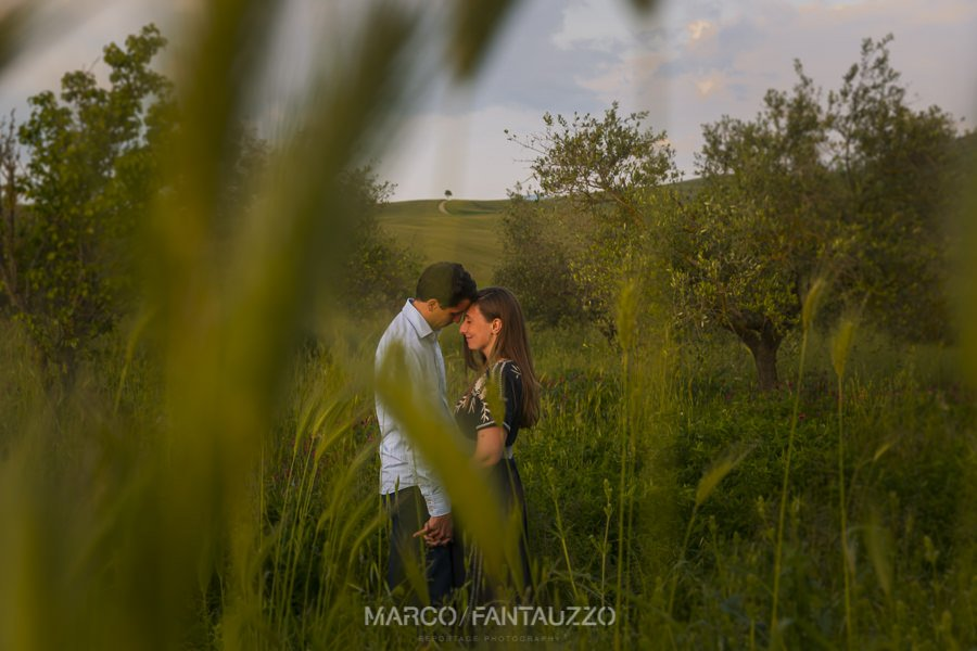engaged-in-tuscany