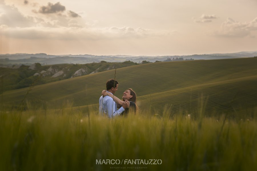 tuscany-engagement-photographer