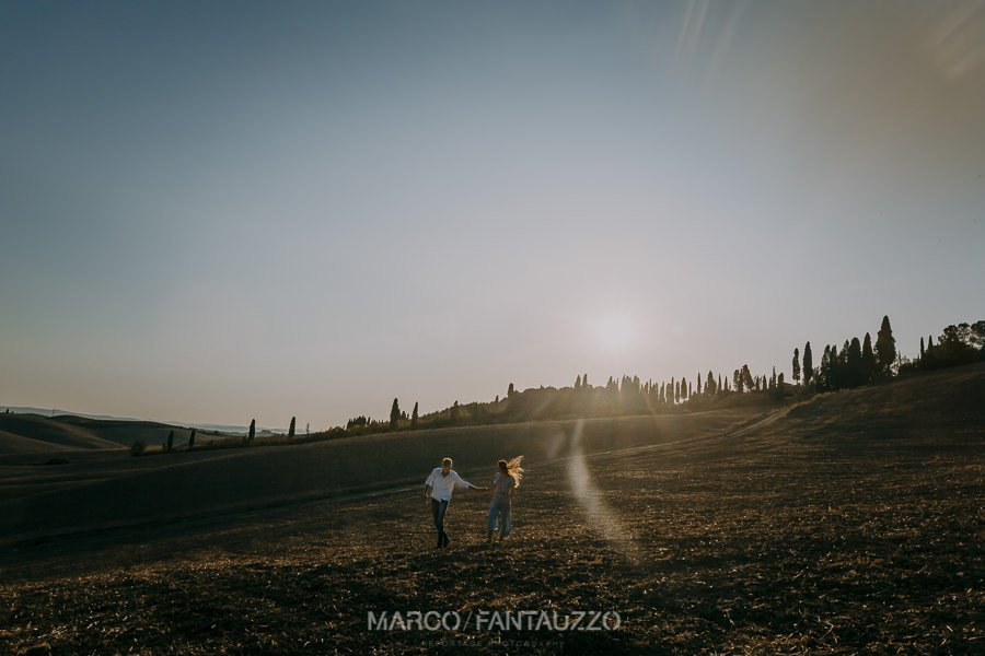 tuscany-engagement-photographers