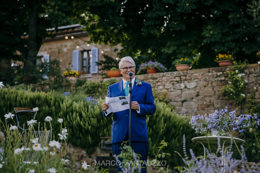 speech-wedding-photos