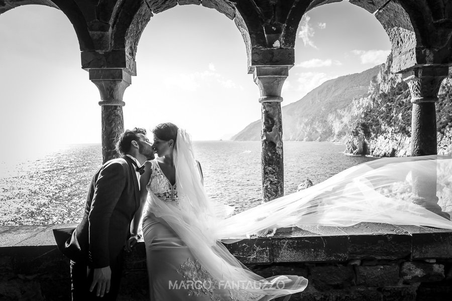 destination-wedding-photographer-in-porto-venere-italy